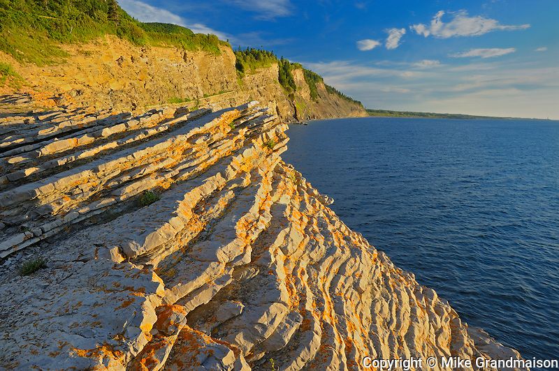 Morning light on ciffs along the Atlantic coastline<br /> Forillon National Park<br /> Quebec<br /> Canada