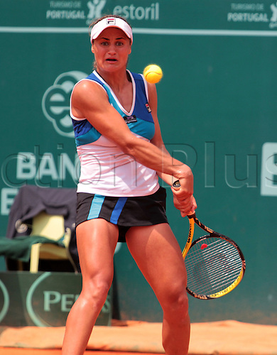 29.04.2011 Estoril Open Portugal...Monica NICULESCU from Roumanie lost to Anabel MEDINA GARRIGUES from Spain, in the second Semi-final of Estoril Open 2011. , Anabel MEDINA GARRIGUES goes to the final where she will meet German player Kristina BARROIS