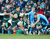6th January 2018, Welford Road Stadium, Leicester, England; Aviva Premiership rugby, Leicester Tigers versus London Irish; Matt Toomua on the charge for Tigers