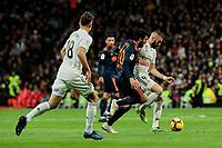Real Madrid's Karim Benzema and Valencia CF's Daniel Parejo fight for the ball during La Liga match between Real Madrid and Valencia CF at Santiago Bernabeu Stadium in Madrid, Spain. December 01, 2018. (ALTERPHOTOS/A. Perez Meca) /NortePhoto NORTEPHOTOMEXICO