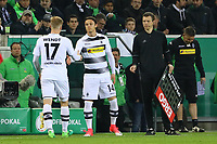 Oscar Wendt (Borussia Mönchengladbach) geht, Nico Schulz (Borussia Mönchengladbach) kommt - 25.04.2017: Borussia Moenchengladbach vs. Eintracht Frankfurt, DFB-Pokal Halbfinale, Borussia Park