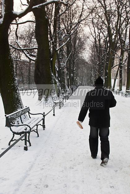 Europe/Voïvodie de Petite-Pologne/Cracovie:    Le Parc circulaire  Planty - Vieille ville (Stare Miasto) classée Patrimoine Mondial de l'UNESCO,