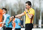 WASSENAAR - Hoofdklasse hockey heren, HGC-Bloemendaal (0-5).  scheidsrechter Thijs Retra.  COPYRIGHT KOEN SUYK