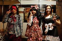 SAO PAULO, SP, 14 DE JULHO 2012 - FESTIVAL JAPONES - Jovens sao vistos no 15º Festival do Japão que acontece neste sábado(14) no centro de exposições Imigrantes regiao sul da capital paulista nesse sabado, 14. Fotos: Amauri Nehn/Brazil Photo Press
