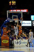Van Rossom vs Luz<br /> Liga Endesa ACB - 2014/15<br /> J6<br /> Valencia Basket vs Rio Natura Monbus Obradoiro