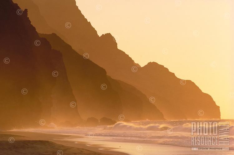 Na Pali coast sunset, Kalalau beach, Kauai