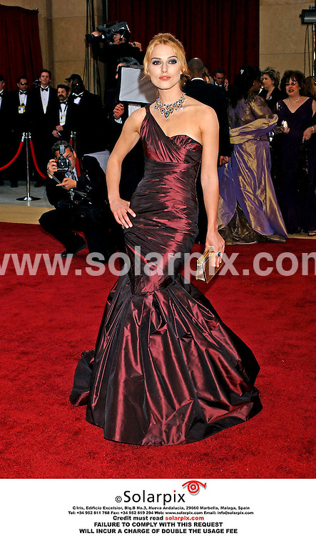 ALL-ROUND PICTURES FROM SOLARPIX.COM - 06.03.06.MUST CREDIT SOLARPIX.COM OR DOUBLE FEE INCURRED.Keira Knightly arrives at the 78th Annual Academy Awards at the Kodak Theater in Hollywood, Ca. on March 5, 2006. .REF: 2165 GLS