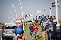 flags at the race start in Terneuzen (NED)  indicating for what's ahead...<br /> wind > echelons<br /> <br /> 107th Scheldeprijs (1.HC)<br /> One day race from Terneuzen (NED) to Schoten (BEL): 202km<br /> <br /> ©kramon
