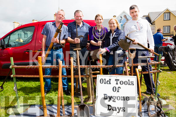 Enjoying the sun and some obscure tools of bygone days at the Iveragh Vintage Club field day were l-r; Gerald Sugrue, Maurice Fitzgerald, Áine Fitzgerald, Cllr. Norma Moriarty & Sean Donal O'Shea.
