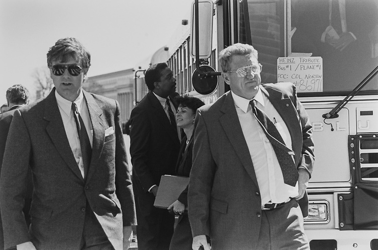Sen. Larry Pressler, R-S.D., and Sen. Conrad Burns, R-Mont., returning from Pittsburgh after Heinz funeral. Buses came from Andrews Air Force Base on April 11, 1991. (Photo by Laura Patterson/CQ Roll Call via Getty Images)