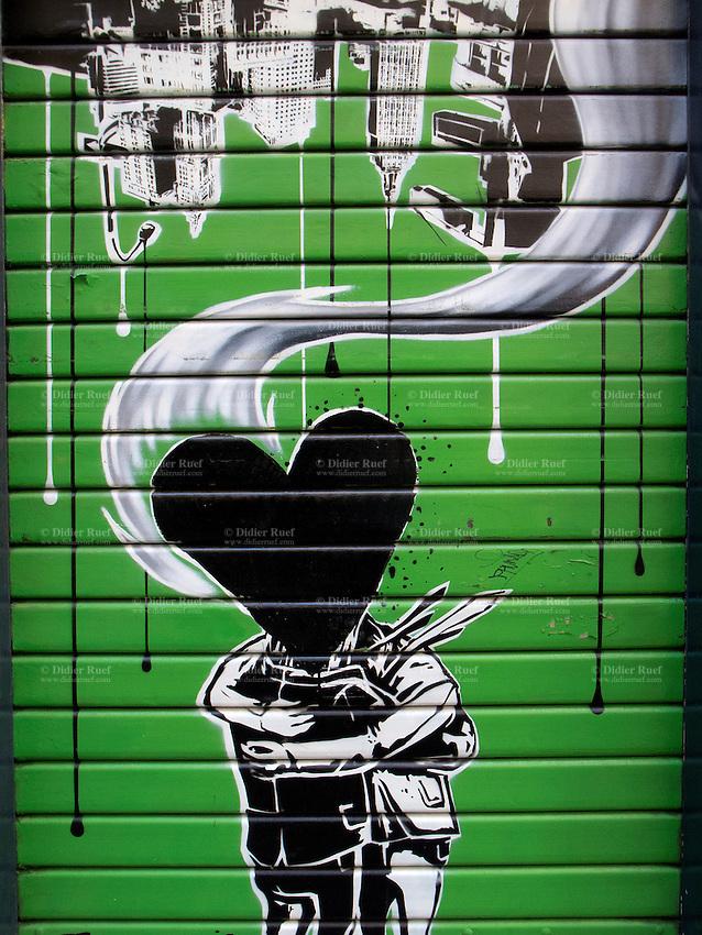 Lugano Heart Graffiti Couple Hugging Didier Ruef