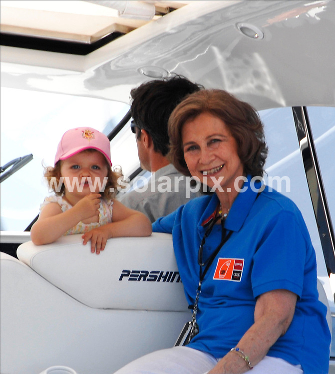 **ALL ROUND PICTURES FROM SOLARPIX.COM**.SYNDICATION RIGHTS FOR UK, CANADA, USA, SOUTH AFRICA, SOUTH AMERICA, DUBAI, AUSTRALIA, NEW ZEALAND, GREECE, ASIA.The Spanish  Queen Sofía and Princess Letizia with Infant Leonor and Sofía on a motor launch in Palma de Mallorca in the balearic Islands while Prince Felipe and King Juan Carlos, participated in King's Cup yaght race Held on the: 31-07_07..This pic:SOFIA,QUEEN SOFIA.JOB REF: 4416_ SPA     DATE:31_07_07.**MUST CREDIT SOLARPIX.COM OR DOUBLE FEE WILL BE CHARGED* *UNDER NO CIRCUMSTANCES IS THIS IMAGE TO BE REPRODUCED FOR ANY ONLINE EDITION WITHOUT PRIOR PERMISSION*
