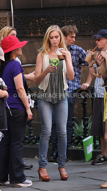 WWW.ACEPIXS.COM . . . . .  ....August 10 2009, New York City....Actress Sara Paxton on the downtown Manhattan set of the new TV show 'The Beautiful Life' on August 10 2009 in New York City....Please byline: AJ Sokalner - ACEPIXS.COM..... *** ***..Ace Pictures, Inc:  ..tel: (212) 243 8787..e-mail: info@acepixs.com..web: http://www.acepixs.com