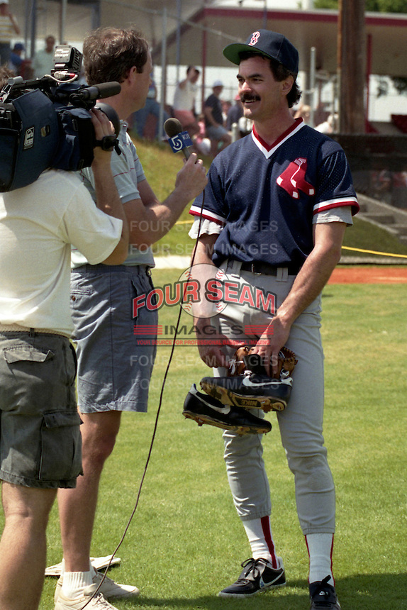 Boston Red Sox Dwight Evans gives an interview during spring training circa 1990 at Chain of Lakes Park in Winter Haven, Florida.  (MJA/Four Seam Images)