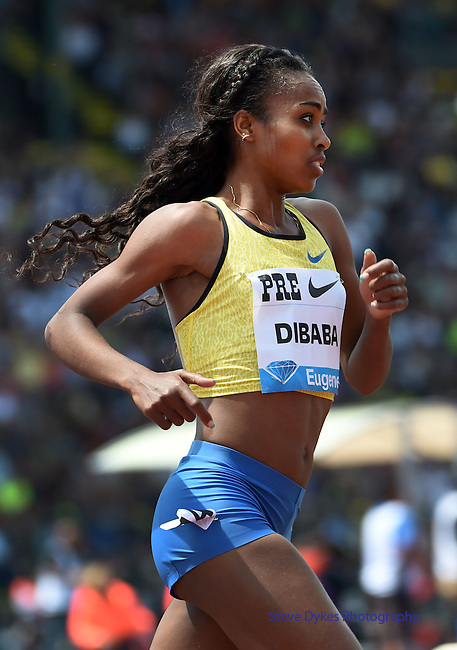 Genzebe Dibaba of Ethiopia runs during the Women's 5000 meter run on the final day of the Prefontaine Classic at Hayward Field in Eugene, Oregon, USA, 30 MAY 2015. (EPA photo by Steve Dykes)