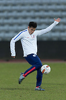 Park Aarhus, Denmark - Tuesday, March 24, 2015: The USMNT Travel & Training day at NGRi Park.