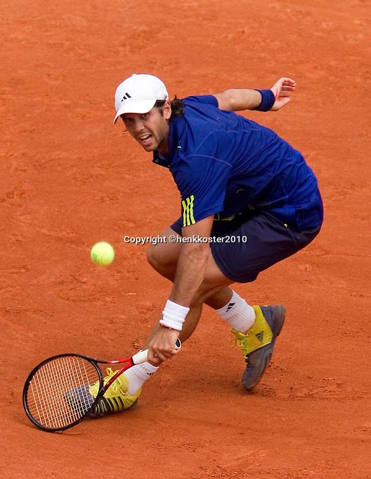 25-05-10, Tennis, France, Paris, Roland Garros, First round match, Fernando Verdasco
