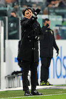 Calcio, quarti di finale di Tim Cup: Juventus vs Milan. Torino, Juventus Stadium, 25 gennaio 2017.<br /> AC Milan's coach Vincenzo Montella gestures during the Italian Cup quarter finals football match between Juventus and AC Milan at Turin's Juventus stadium, 25 January 2017.<br /> UPDATE IMAGES PRESS/Manuela Viganti