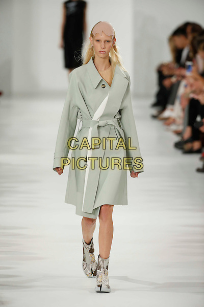 MAISON MARGIELA<br /> Paris Fashion Week Spring Summer 2017<br /> on September 28,  2016<br /> CAP/GOL<br /> &copy;GOL/Capital Pictures