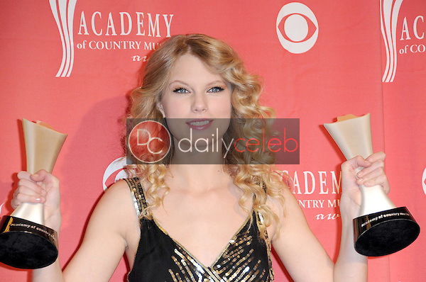Taylor Swift<br />