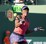 Venus Williams (USA) defeats Johanna Konta (GBR) by 5-7, 6-1, 6-2