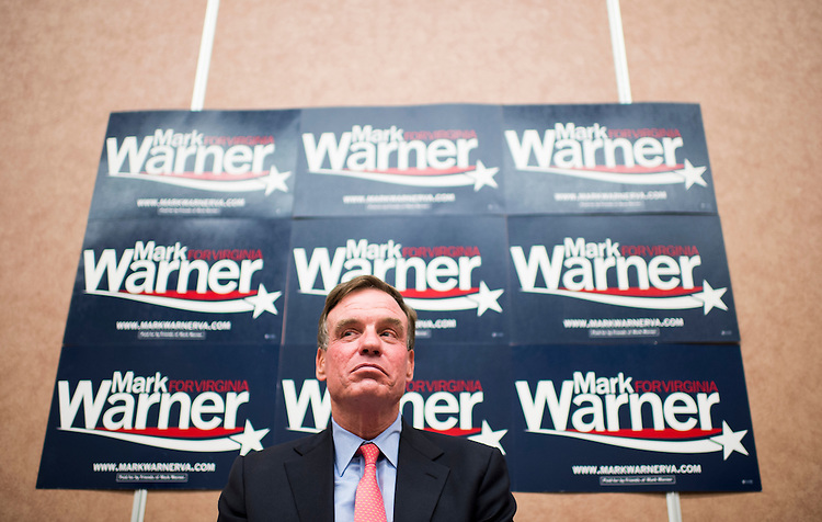 UNITED STATES - SEPTEMBER 4: Sen. Mark Warner, D-Va., speaks to college students at George Mason University in Fairfax, Va.,about student loan reforms on Thursday, Sept. 4, 2014. (Photo By Bill Clark/CQ Roll Call)