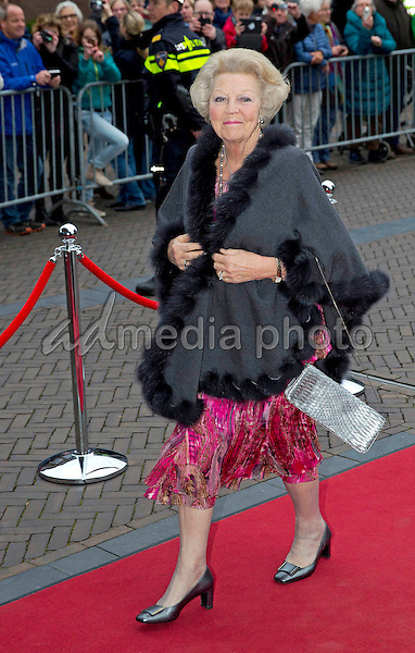 18-04-2016 Zwolle Princess Beatrix arrive for the Koningsdagconcert (Kingsdayconcert) at theather De Spiegel in Zwolle.The Koningsdagconcert is traditionally one month before Kingsday. Photo Credit: PPE/face to face/AdMedia