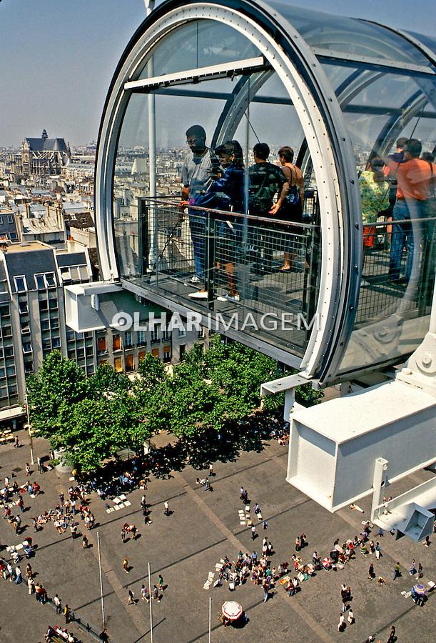 Centro Georges Pompidou, Beaubourg em Paris, França. 1993. Foto de Dudu Cavalcanti.