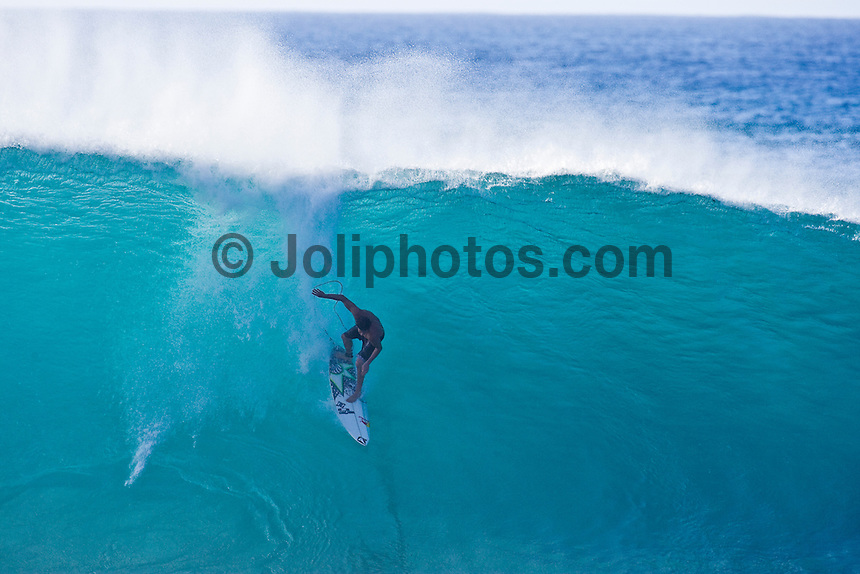 BRUCE IRONS (HAW) surfing at Banzai Pipeline, North Shore of Oahu, Hawaii. Photo: joliphotos.com