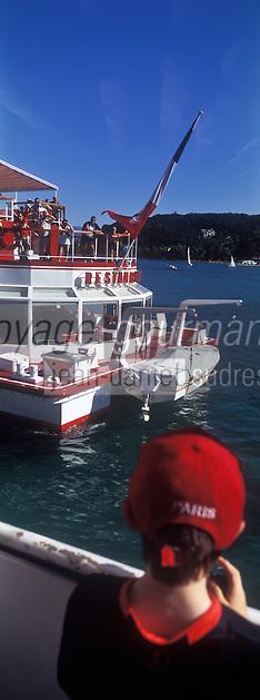 Europe/France/Rhône-Alpes/74/Haute-Savoie/Annecy: Bateau  de promenade sur le lac d'Annecy