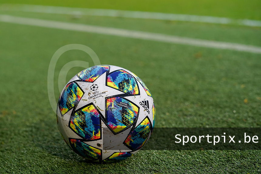 20191211- Ostend: UEFA Champion's League ball is pictured at the end of the  UEFA Youth League Group A football match between Club Brugge and Real Madrid on Wednesday 11th December 2019 at Versluys Arena, Ostend, Belgium. PHOTO: SEVIL OKTEM | Sportpix.be