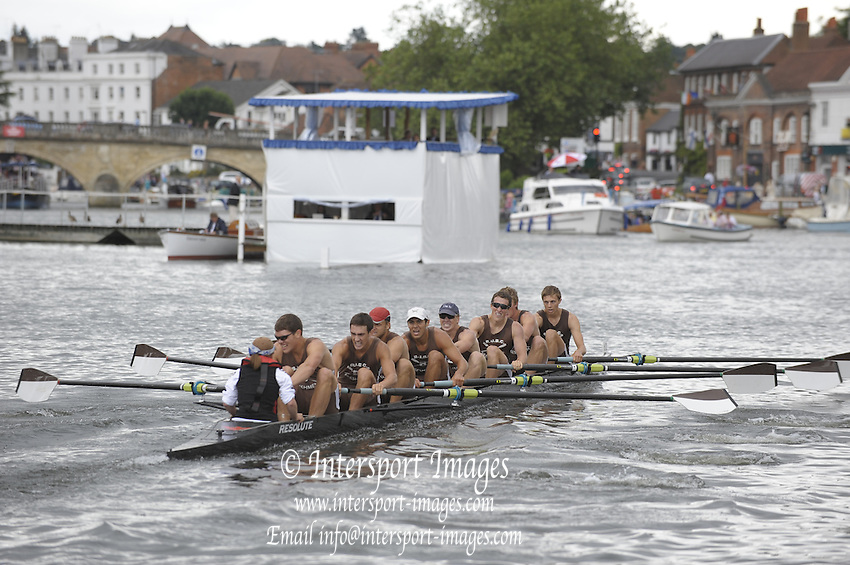 Henley, Great Britain.  Brown University. USA, during the closing stages of the heat in the  Temple Challenge Cup  2009 Henley Royal Regatta Friday 03/07/2009 at  [Mandatory Credit. Peter Spurrier/Intersport Images] . HRR.