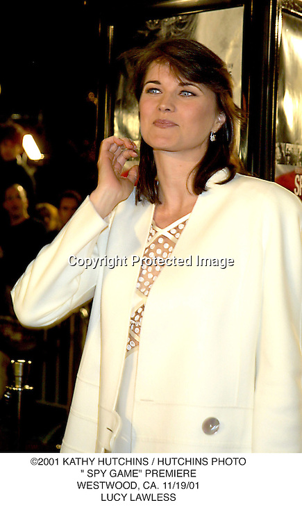 "©2001 KATHY HUTCHINS / HUTCHINS PHOTO."" SPY GAME"" PREMIERE.WESTWOOD, CA. 11/19/01.LUCY LAWLESS"
