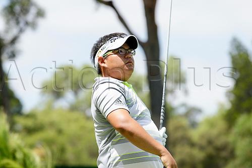 28.02.2016. Perth, Australia. ISPS HANDA Perth International Golf. Panuphol Pittayarat (THA) watches his tee shot at the 6th during his final round.