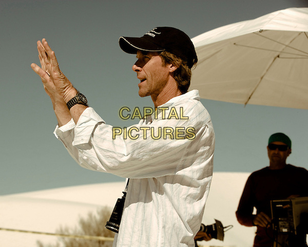MICHAEL BAY (DIRECTOR).on the set of Transformers .**Editorial Use Only**.CAP/FB.Supplied by Capital Pictures