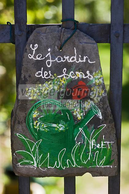 Europe/France/Midi-Pyrénées/46/Lot/Castelfranc: Le Jardin des Sens - jardin d'inspiration médiévale