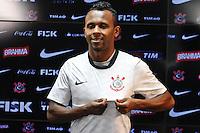 SÃO PAULO,SP,23 AGOSTO 2012 - APRESENTAÇÃO JOGADOR CHIQUINHO - O jogador Chiquinho é apresentado na tarde de hoje no CT Joaquim Grava na zona leste.FOTO ALE VIANNA/BRAZIL PHOTO PRESS