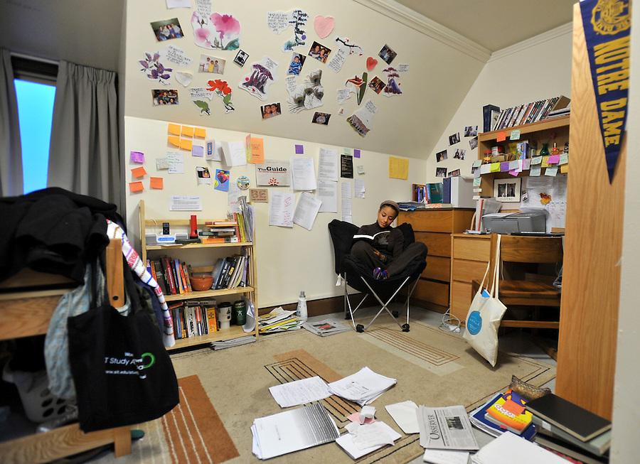 Cavanaugh Hall dorm room, 2008..Photo by Matt Cashore/University of Notre Dame