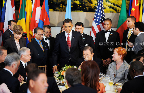 New York, NY - September 23, 2009 -- United States President Barack Obama attends a luncheon during the United Nations General Assembly at UN Headquarters in New York, NY, Wednesday, September 23, 2009..Credit: Olivier Douliery - Pool via CNP