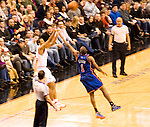 76ers vs the New York Knicks  Philadelphia's Wachovia Spectrum