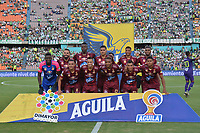MEDELLIN - COLOMBIA, 24-11-2019: Jugadores del Tolima posan para una foto previo al partido por la fecha 5, cuadrangulares semifinales, de la Liga Águila II 2019 entre Atlético Nacional y Deportes Tolima jugado en el estadio Atanasio Girardot de la ciudad de Medellín. / Players of Tolima pose to a photo prior match for the date 5, quadrangular semifinals, as part of Aguila League II 2019 between Atletico Nacional and Deportes Tolima played at Atanasio Girardot stadium in Medellín city. Photo: VizzorImage / Leon Monsalve / Cont