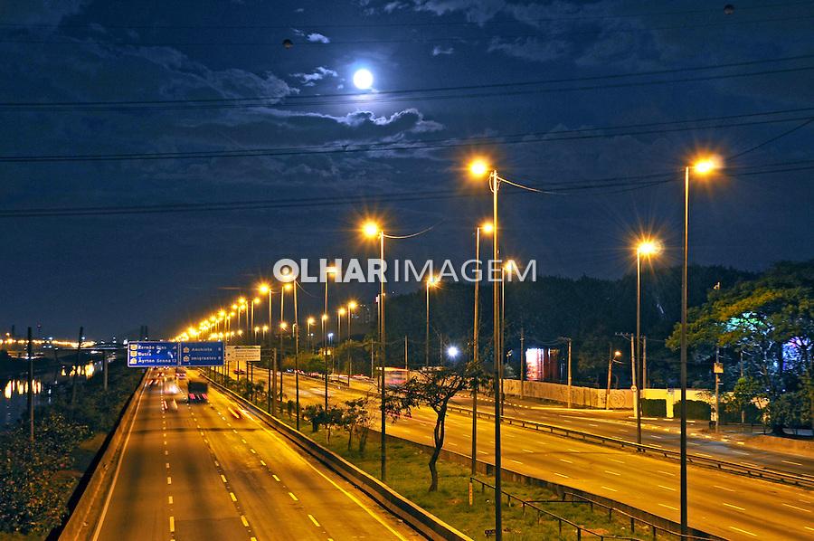 Marginal do Rio Tiete, Sao Paulo. 2015. Foto de Marcia Minillo.