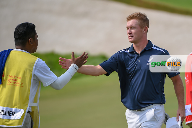 Charlie HILLIER (NZL) shakes hands following Rd 1 of the Asia-Pacific Amateur Championship, Sentosa Golf Club, Singapore. 10/4/2018.<br /> Picture: Golffile | Ken Murray<br /> <br /> <br /> All photo usage must carry mandatory copyright credit (© Golffile | Ken Murray)