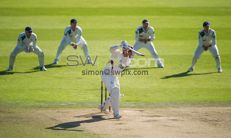 Picture by Allan McKenzie/SWpix.com - 26/09/2014 - Cricket - LV County Championship Div One - Yorkshire County Cricket Club v Somerset County Cricket Club - Headingley Cricket Ground, Leeds, England - Somerset's Marcus Trescothick hits out.