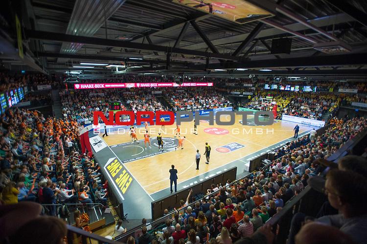 05.10.2019, Rasta Dome, Vechta, GER, easy Credit-BBL, Rasta Vechta vs EWE Baskets Oldenburg, im Bild<br /> das Spielfeld von Oben<br /> #Rasta-Dome<br /> Foto © nordphoto / Rojahn