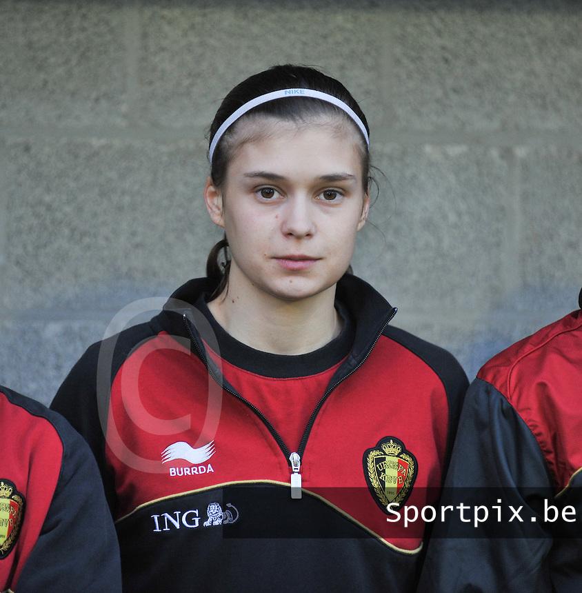 Qualification Women's Euro 2013 - Belgium - Iceland ; Belgie - Ijsland ; Armand Melis Stadion Dessel : Anaelle Wiard.foto DAVID CATRY / Vrouwenteam.be