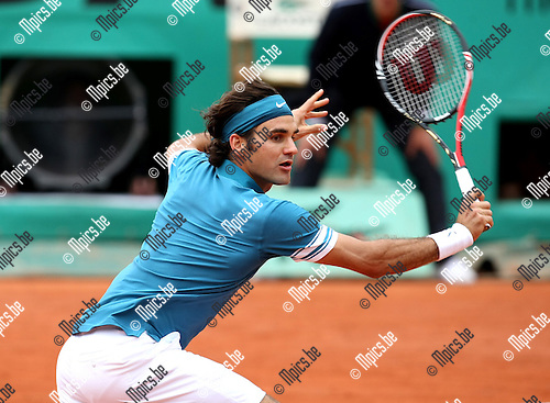 2010-05-26 / Tennis / Roland Garros 2010 / Day 4 / Roger Federer (SUI) during his game against  Alejandro Falla (COL)..Foto: mpics
