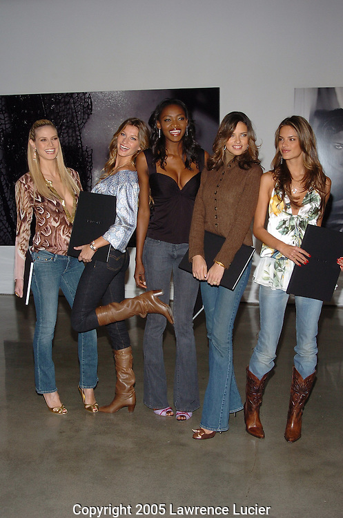 Heidi Klum, Gisele Bundchen, Oluchi Onweagba, Adriana Lima, Allesandra Ambrosio