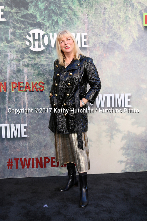 "LOS ANGELES - MAY 19:  Candy Clark at the ""Twin Peaks"" Premiere Screening at The Theater at Ace Hotel on May 19, 2017 in Los Angeles, CA"