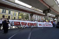 Roma, 25 Maggio 2012.Sede Atac di Via Prenestina.Manifestazione contro l'aumento del biglietto scattato oggi..